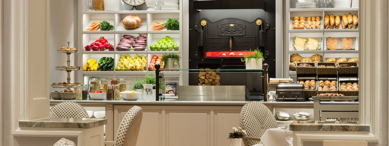9 millionen euro f r neue zimmer im fairmont vier jahreszeiten hamburg ahgz. Black Bedroom Furniture Sets. Home Design Ideas