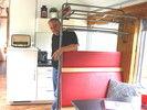 Traum erfüllt: Matthäus Burkhart in einer seiner Ferienwohnungen im Bahnwaggon