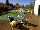 Zum Baden geeignet: <em>Der Naturteich gehört zu den Attraktionen des Wellness-Resorts Hammermühle<tbs Name=
