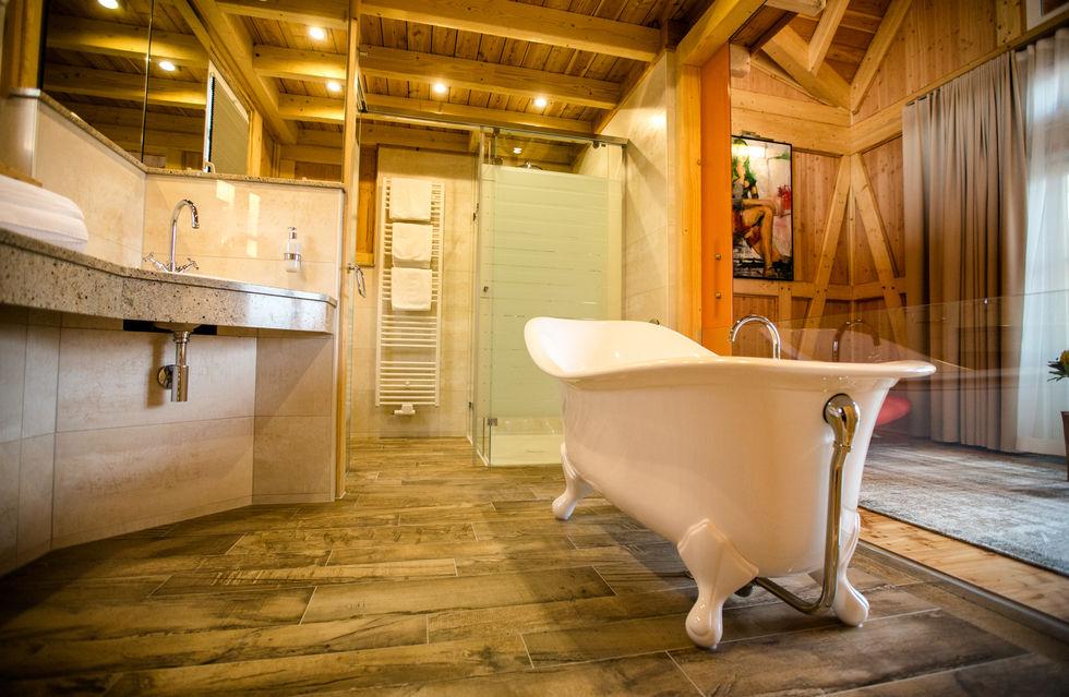 fotostrecke seehotel niedernberg g nnt sich ein chalet. Black Bedroom Furniture Sets. Home Design Ideas