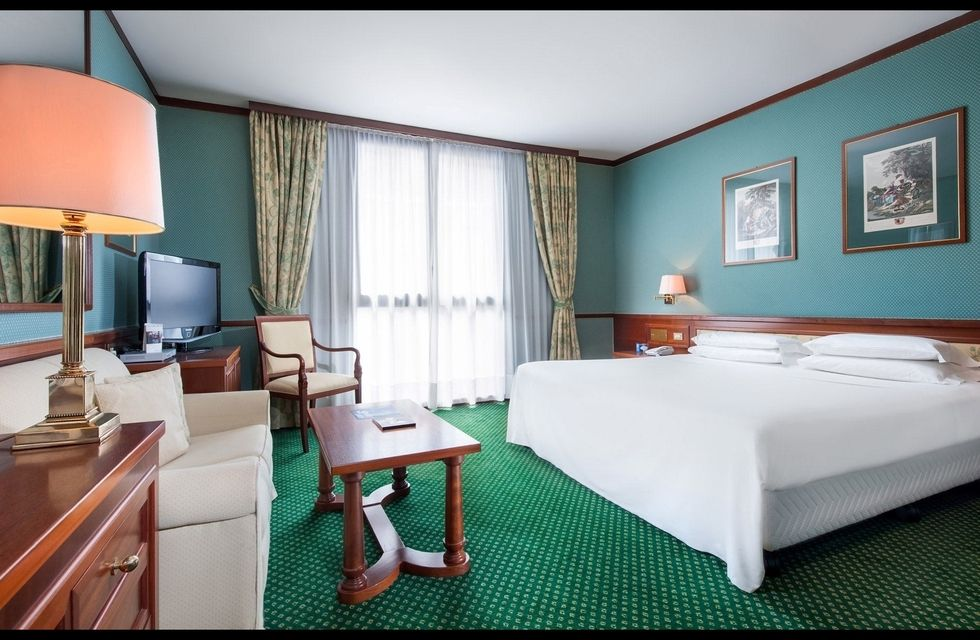Fotostrecke leonardo bernimmt hotel in mailand ahgz for Designhotel mailand