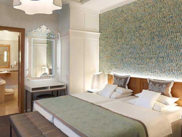 kurhaus binz in neuem glanz ahgz hoteldesign. Black Bedroom Furniture Sets. Home Design Ideas
