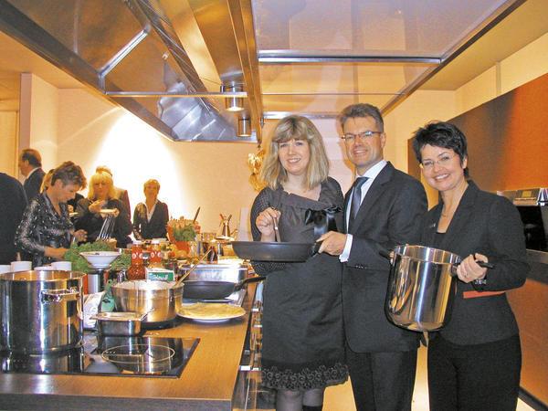 berlin arbeit am herd verbindet allgemeine hotel und gastronomie zeitung ahgz. Black Bedroom Furniture Sets. Home Design Ideas