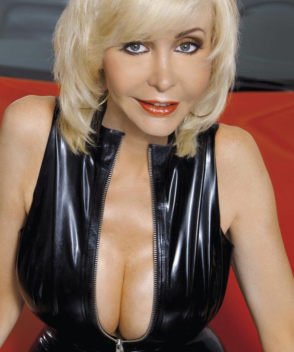 Dolly Buster - Info zur Person mit Bilder, News & Links