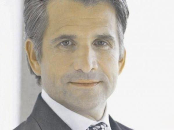 <b>...</b> auf die Wirtschaftkraft des Tourismus aufmerksam: Hotelier <b>Otto Lindner</b> - macht-auf-die-wirtschaftkraft-des-tourismus-aufmerksam-hotelier-otto-lindner