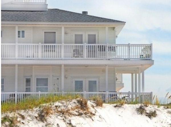 ein beach hotel und eine bretterbude f r heiligenhafen allgemeine hotel und gastronomie. Black Bedroom Furniture Sets. Home Design Ideas