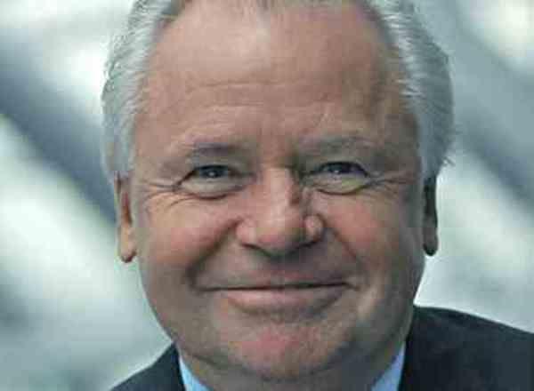 Witzigmann kritisiert kochshows allgemeine hotel und for Koch zeichnen