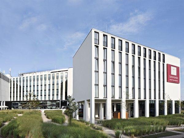 leonardo plant drei neue hotels in m nchen allgemeine. Black Bedroom Furniture Sets. Home Design Ideas