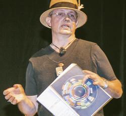 Eigenwilliger Typ: Stefan Wiesner auf der Bühne des Symposiums Chef-Sache in Köln.
