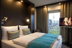 Zimmer mit Aussicht: Blick auf den Olympiapark