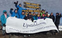 Ganz oben: Die Upstalsboom-Expedition auf den Gipfel des Kilimandscharo