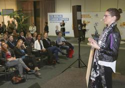 """""""Habt Lust, etwas auszuprobieren"""": 25hours-Personalchefin Linda Wolfermann on stage."""