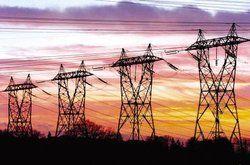 Hochspannung: <em>Trotz Liberalisierung hält sich der Wettbewerb unter den Stromanbietern in Grenzen – dennoch lohnen sich Preisvergleiche<tbs Name=