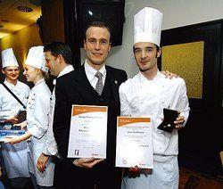 Zwei Gewinner, ein Betrieb: <em>(von links) Georg Thomas Steiner und John Schiffmann aus dem Hotel Atlantic <tbs Name=