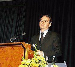 Setzt auf Wettbewerb: <em>Minister Dietrich Austermann<tbs Name=