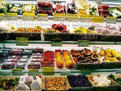 Bunte Vielfalt zum Ausprobieren: <em>Die Regale sind randvoll mit interessanten Zutaten für die Küche – wie hier im Frischeparadies Frankfurt <tbs Name=