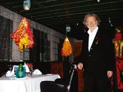 Kostengünstige Neugestaltung: <em>Hotelier Andreas Pflaum freut sich <tbs Name=