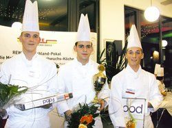 Hilton-Siegertrio: <em>(von links) Max Schütze, Johannes Wagner und Dorian Zwanzig <tbs Name=