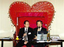 Weltmeister der Herzen: <em>(von links) Peter Siemering und Johann W. Wagner moderierten das Städte- und Kulturforum in Travemünde <tbs Name=
