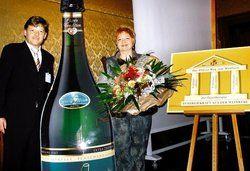 Gemeinsame Marke: <em>Kurpfalz-Vorsitzender Gunther Butz und Judith Ziegler-Schwaab <tbs Name=