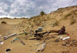 Verdreckte Strände: An manchen Küsten möchte man sein Handtuch nicht ausbreiten