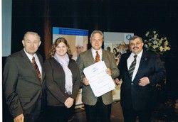 In Feierlaune: (von links) Günter Beckstein, Annemarie und Rudi Zellner, Siegfried Gallus