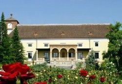 So nah kommt man während der EM nicht ans Hotel: Schloss Weikersdorf wird abgeschirmt