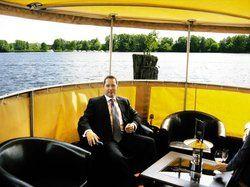 Flexibel:<em> Hotelchef Joachim Fitzner als Kapitän <tbs Name=