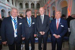 Zufrieden mit den Bilanzen: (von links nach rechts) Waldemar Fretz, Wolfgang Schmidt, Matthias Horx, Ernst Fischer.