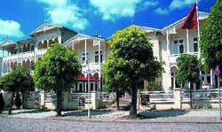 Perfekte Verbindung: Die Neue Dorint GmbH hat mit dem Hotel-Park Ambiance im Ostseebad Sellin auf Rügen einen neuen Lizenz- und Kooperationspartner gewonnen