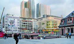 Flaggschiff: Das Jumeirah-Hochhaus (rechts) ist das erste Haus der Hotelgruppe aus Dubai in Deutschland