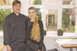 Gastronomen aus Leidenschaft: Andreas Jungbäck und Manuela Piramovsky in ihrem mit viel Geschmack gestalteten Restaurant in Stuttgart