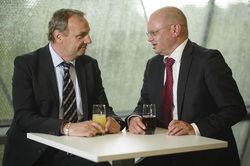 Franchisepartner bei Holiday Inn: Ulrich Enzinger, Geschäftsführer der Tristar Hotel & Management GmbH (links), und Martin Bowen, Associate Vice President Development Germany bei der IHG
