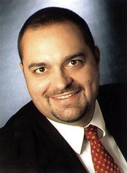 <em>Mathias Frenzel</em> ist Rechtsanwalt und Fachanwalt für Steuerrecht in Eschborn am Taunus
