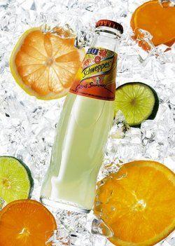 Erfrischend: Schweppes Citrus Summer.