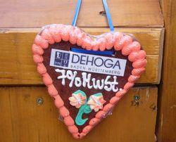 Mehrwertsteuersenkung wirkt: Die DEHOGA-Mitglieder wollen investieren, Preise senkenund Personal einstellen