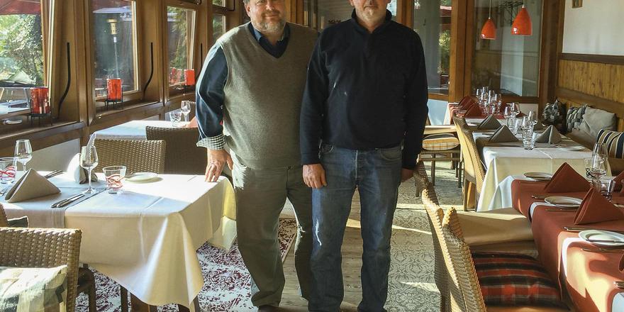 Sie packen an: Die Johanneshof-Macher Harald Schlumpp (links) und Johannes Härdle.
