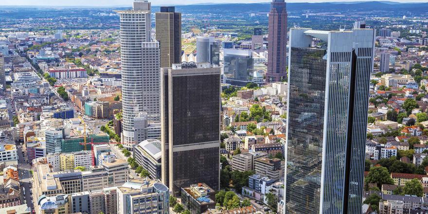 Frankfurt startet stark: Im Januar stehen am Main mehrere lukrative Veranstaltungen an, von denen auch die Hotels profitieren.