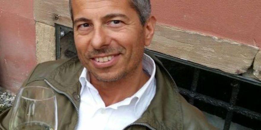 Weinkenner aus Leidenschaft: Andrea Vestri von der Europäischen Sommelier Schule in München weiß, worauf es beim Wein ankommt