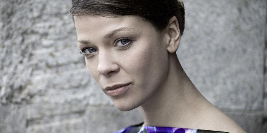 """Jessica Schwarz: """"Ich bin ein ästhetischer Mensch, der gern alles anfasst"""""""