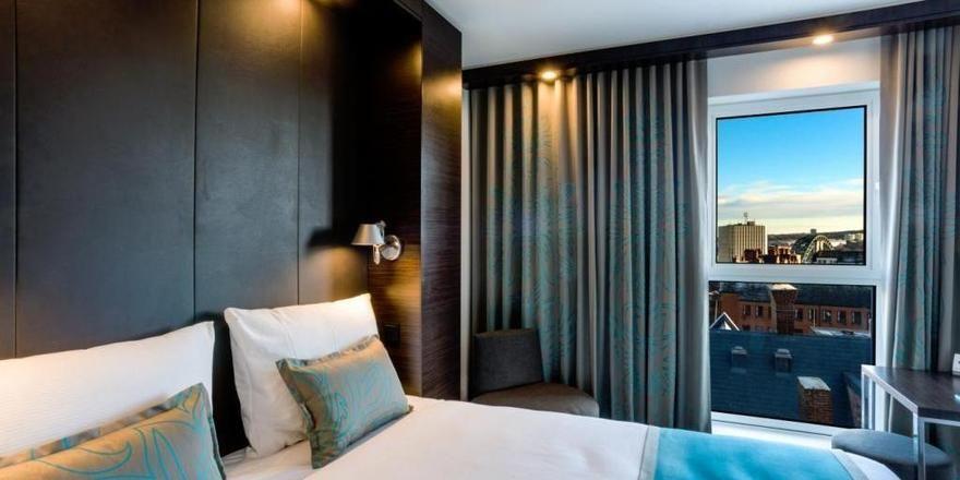 Mit Ausblick: Zimmer im Motel One Newcastle