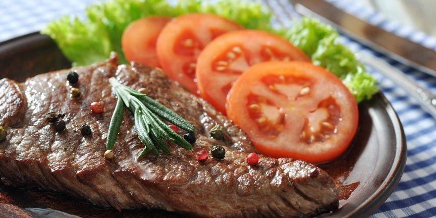 Ungewisse Herkunft: Viele Wirte verraten in der Karte nicht genau, wo das Fleisch herkommt