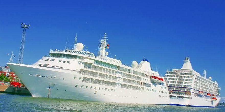 """Ärger während der Kreuzfahrt: Nicht jeder möchte während seinem Urlaub das TV-Team der Serie """"Traumschiff"""" an Bord haben"""