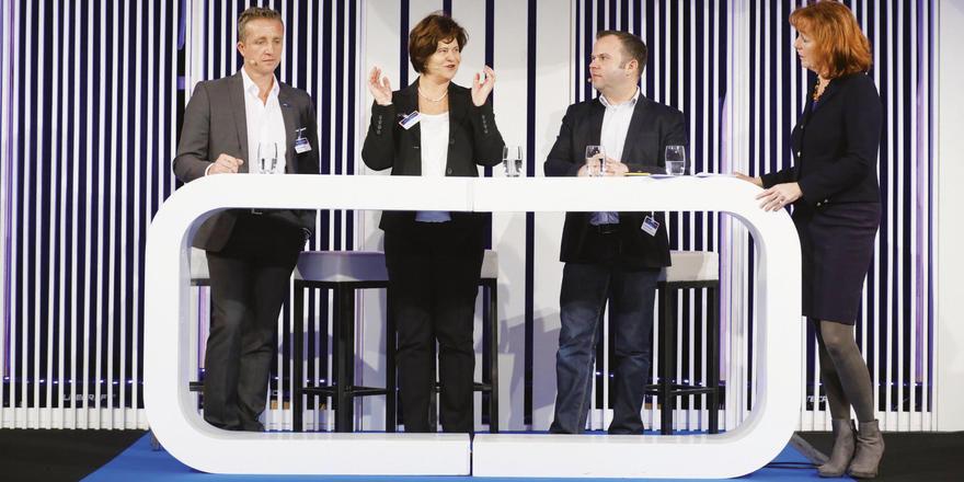 Engagiert auf dem Podium: Beim Deutschen Hotelkongress diskutierten (von links) Udo Lülsdorf, Josephine Gräfin von Brühl, Arne Erichsen und Gabriele Schulze.