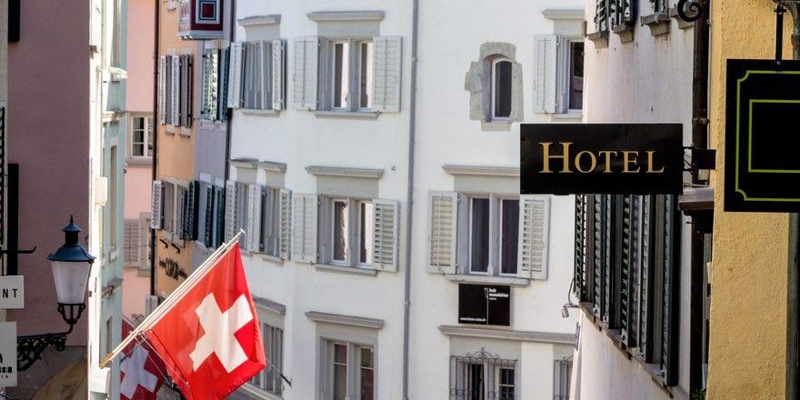 Schwierige Zeiten: Der starke franken schreckt unter anderem viele Deutsche ab, in Schweizer Hotels zu übernachten