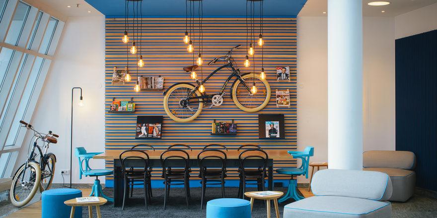 Hingucker: Das Retro-Fahrrad an der Wand
