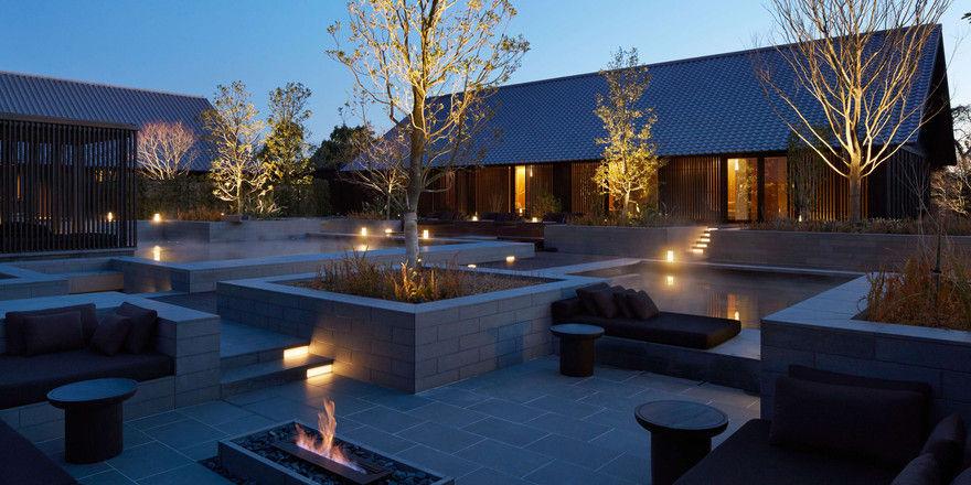 Traditionell: Der Aman-Spa mit Garten, Onsen-Bad und Feuerstelle