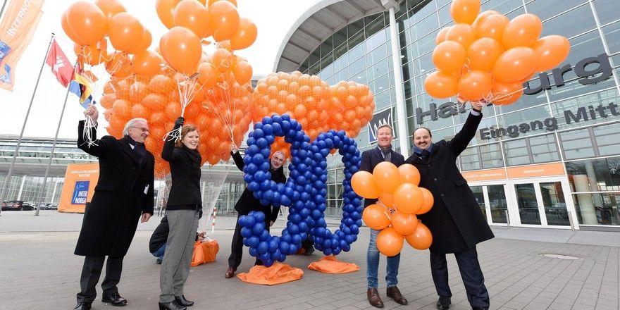 Marketing für die Internorga: Am Donnerstag sind 1300 Luftballons in den Hamburger Himmel aufgestiegen