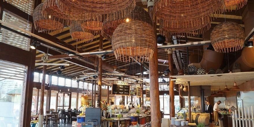 Neue Themengastro: Marché International hat im Magdeburger Zonn die Africambo Lodge eröffnet