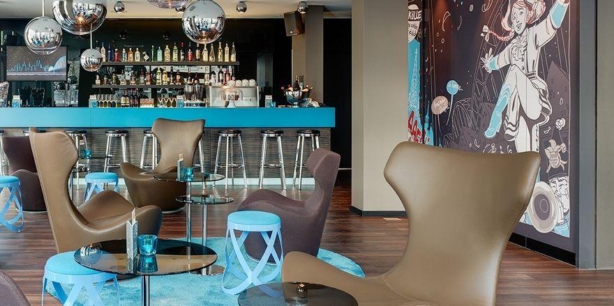 Design ohne Sterne: Motel One, hier das Haus Köln Mediapark, lässt seine Hotels schon seit einigen Jahren nicht mehr klassifizieren
